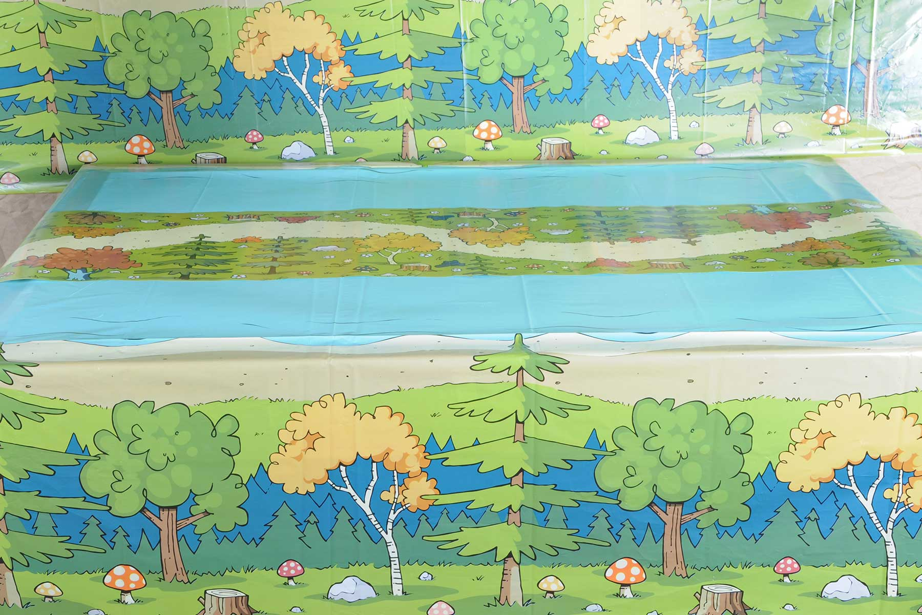 Woodland Friends Tablecover