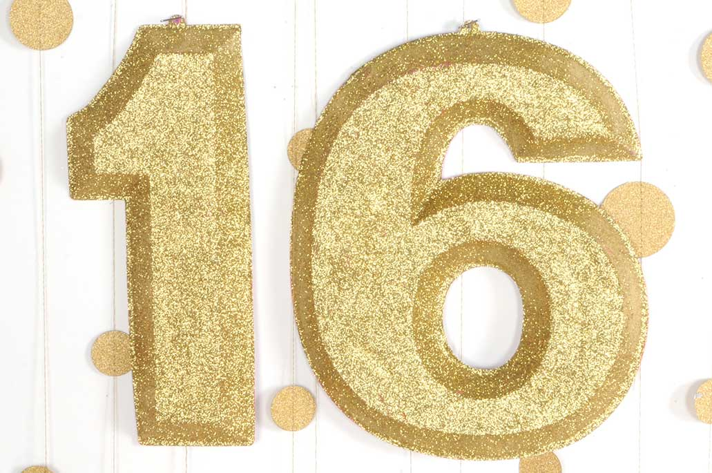 3-D Glittered Numbers