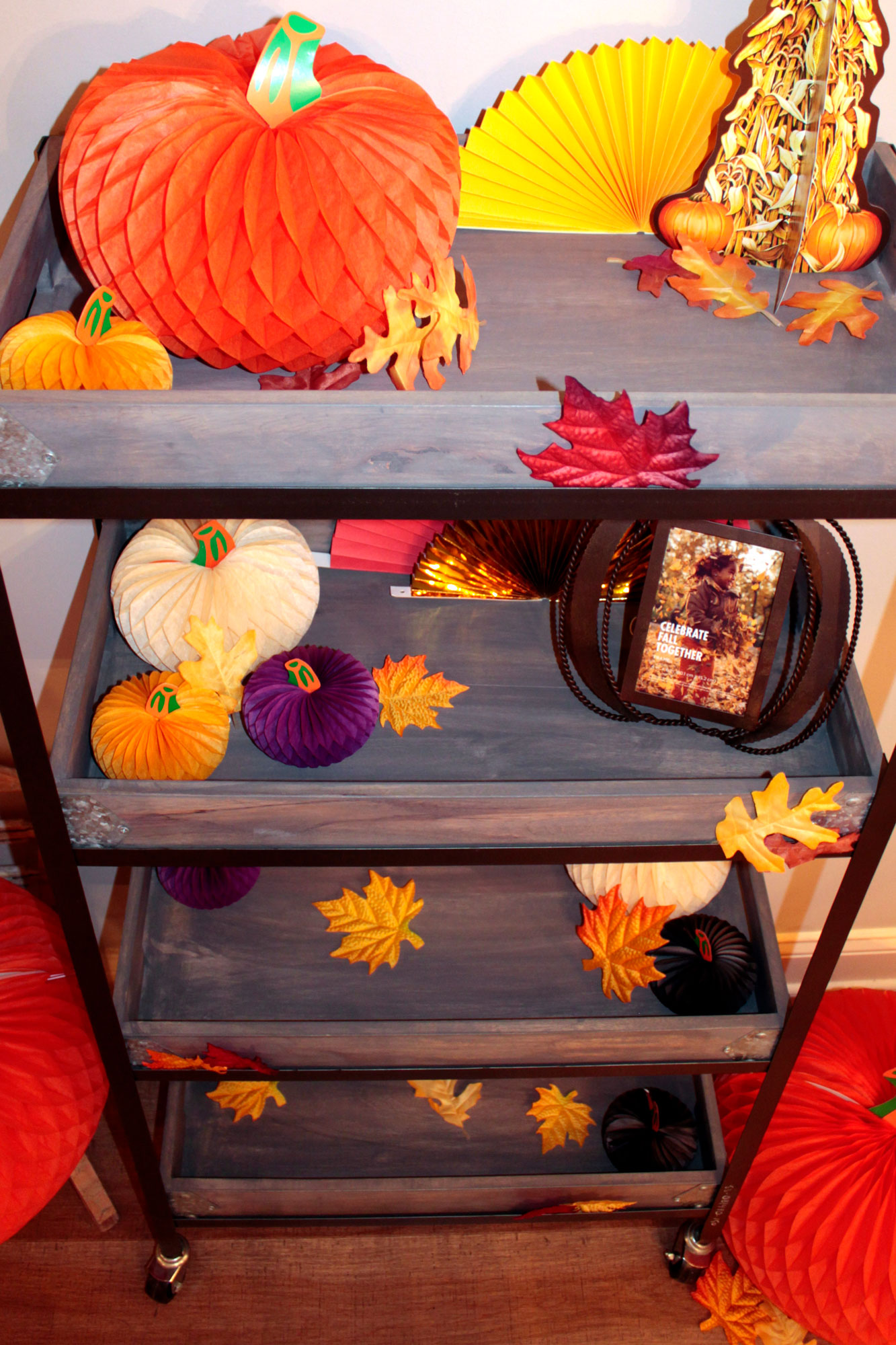 Fall-Cart-Decorations