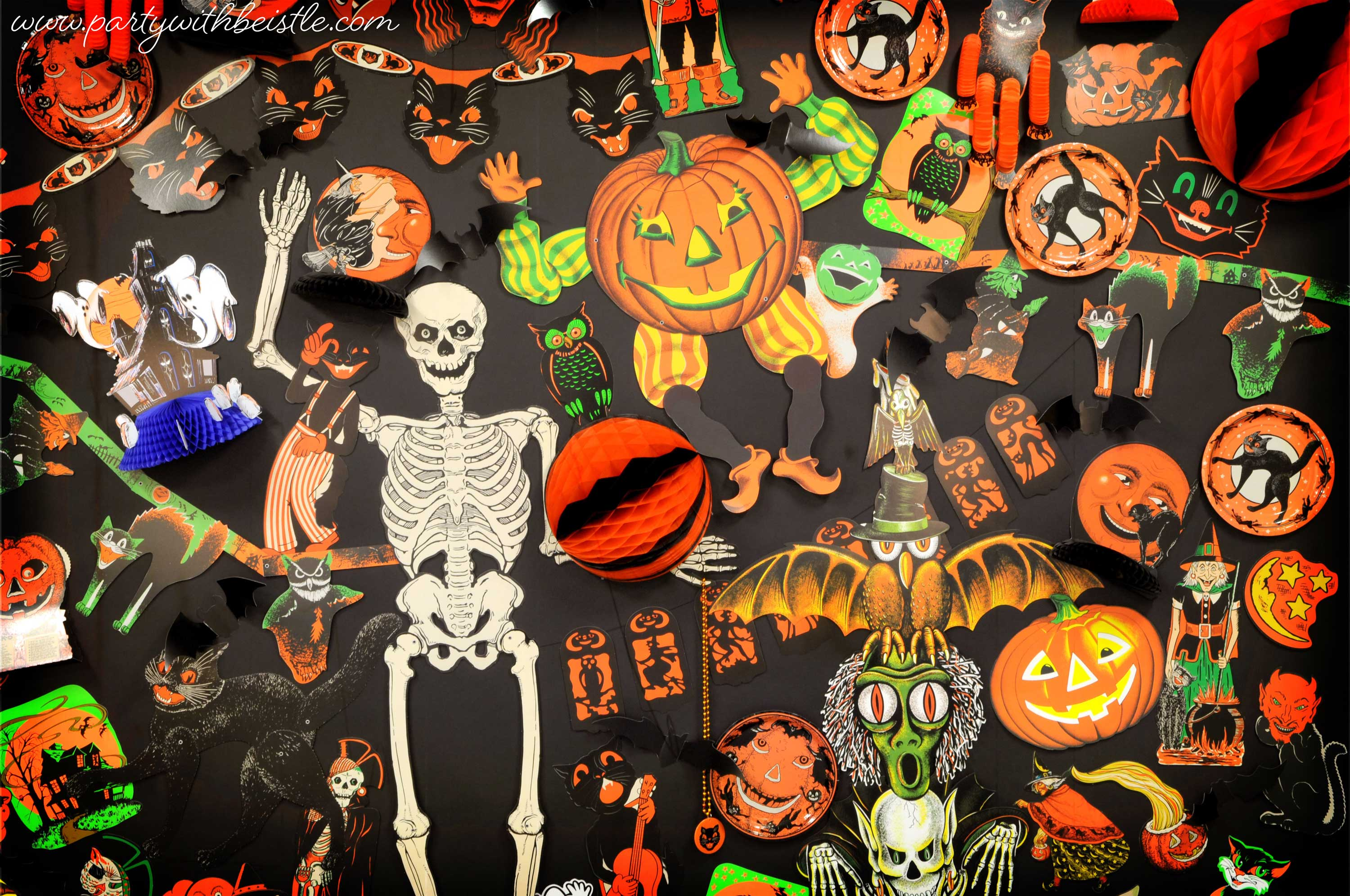 Vintage Halloween Wall of Spooktacular Greatness